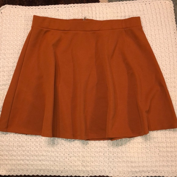 Forever 21 Dresses & Skirts - Forever 21 plus burnt orange skater skirt